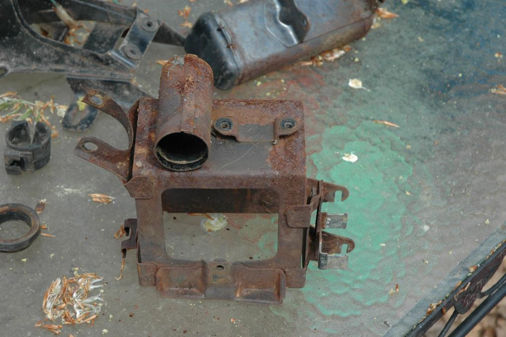 Rust Removal by Electrolysis
